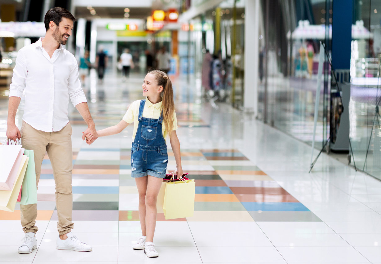8 Father's Day Promotion Ideas to Try in Your Retail Store